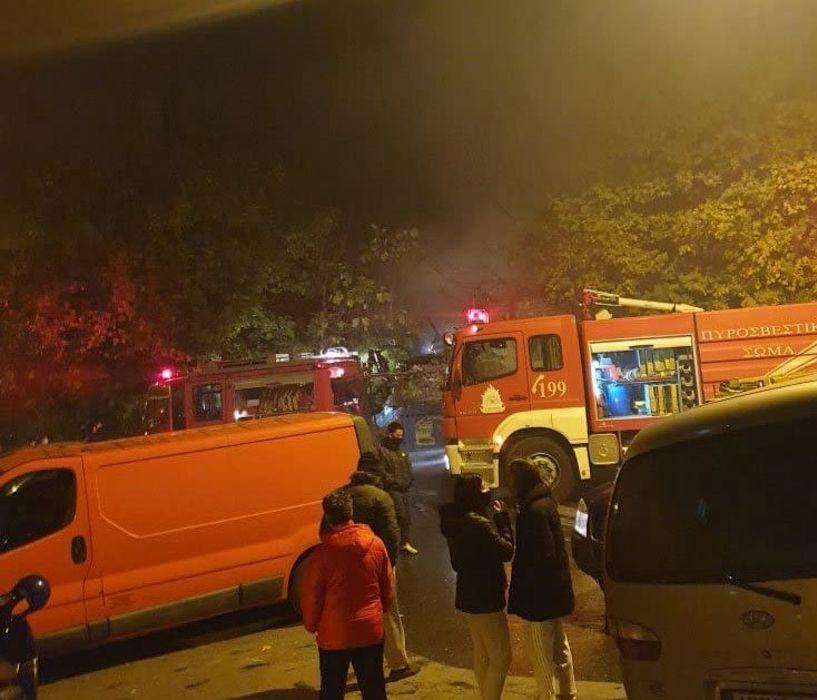 Φωτιά πριν από λίγο σε εγκαταλελειμμένο σπίτι  της οδού Μ. Ασίας  στον Προμηθέα Βέροιας