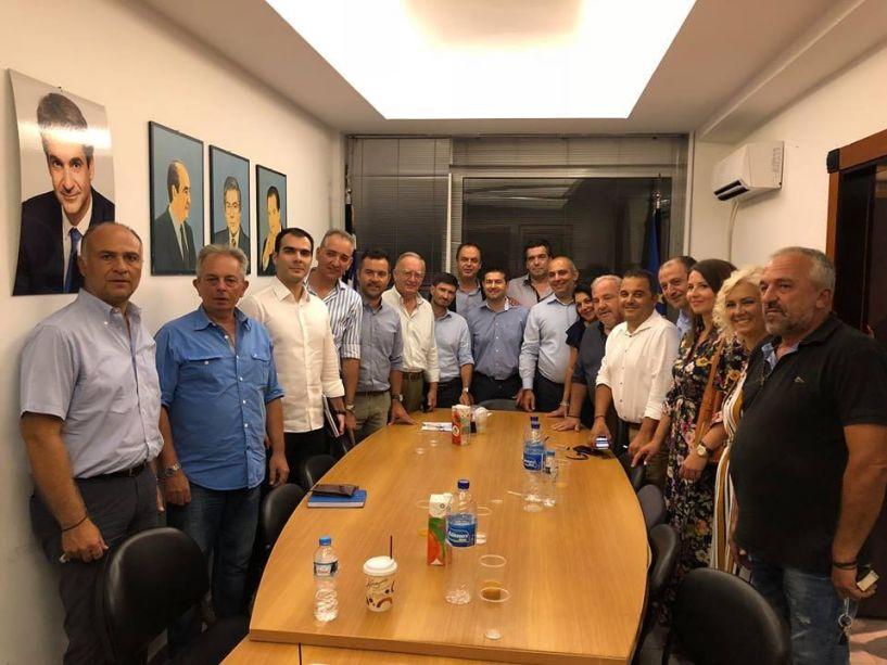 Ο Γραμματέας Οργανωτικού της Ν.Δ. στη Βέροια σε συσκεψη με ΝΟΔΕ και Βεσυρόπουλο