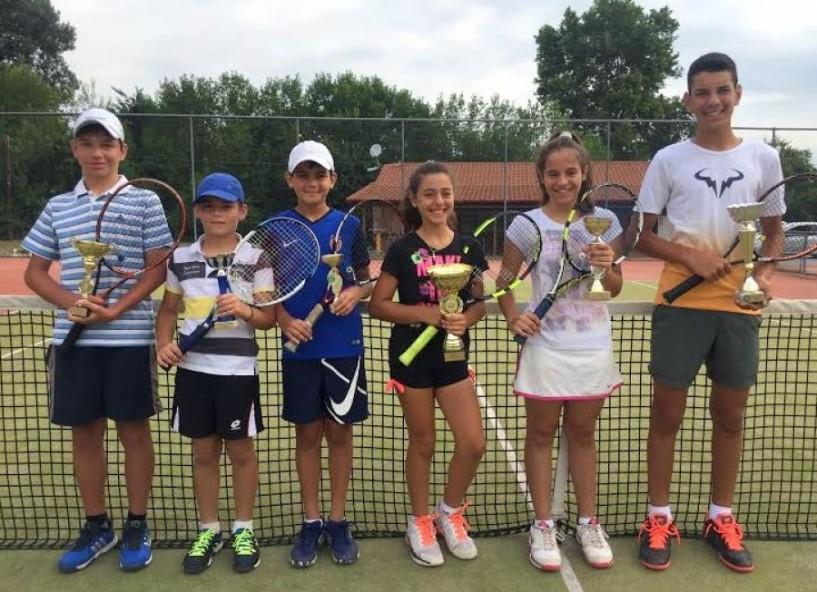 Επιτυχίες των αθλητών και αθλητριών του Ερμή στο τρίτο ενωσιακό τένις