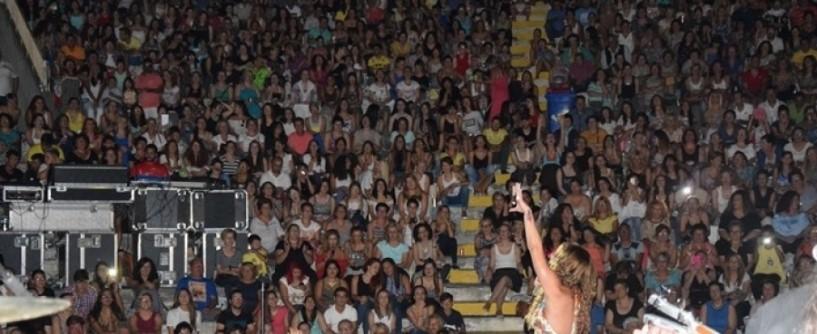 Εξαιρετική η συναυλία της Μελίνας Ασλανίδου στην Αλεξάνδρεια