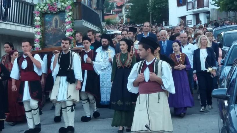Με τη λιτανεία της εικόνας και τον μεγάλο χορό γιορτάζει το Σέλι την Παναγία