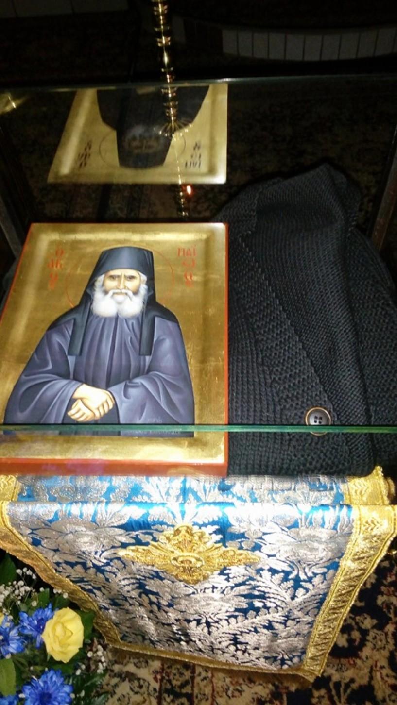 Για μια ακόμα εβδομάδα τα ιερά κειμήλια του Οσίου Παϊσίου  στη Μονή Καλλίπετρας