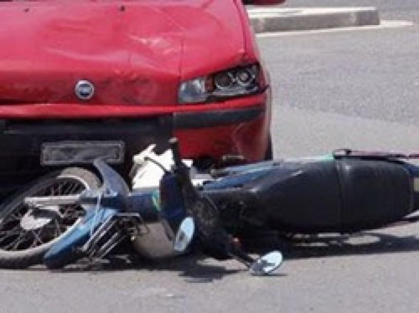 Ελαφρύς τραυματισμός 18χρονου σε τροχαίο στον Προμηθέα