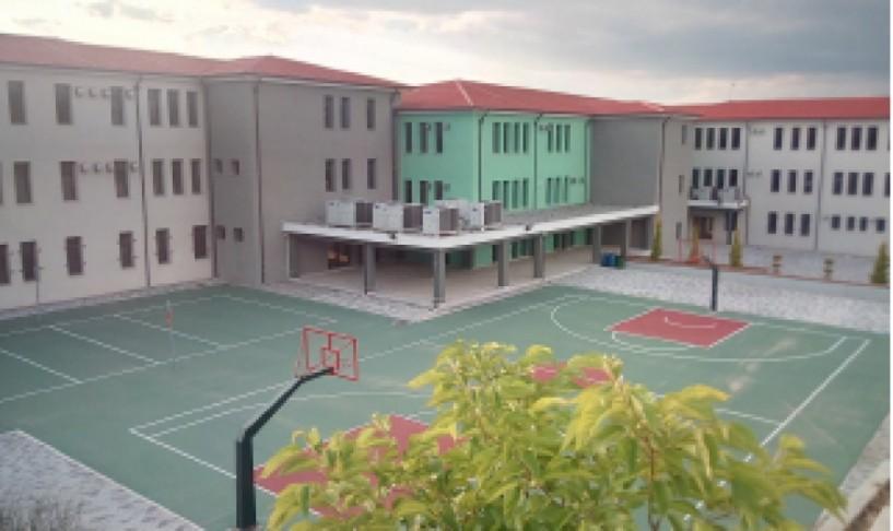 Δήμος Βέροιας: Ανοιχτά αύριο όλα τα σχολεία εκτός από  το σχολικό συγκρότημα στα Γιοτζαλίκια