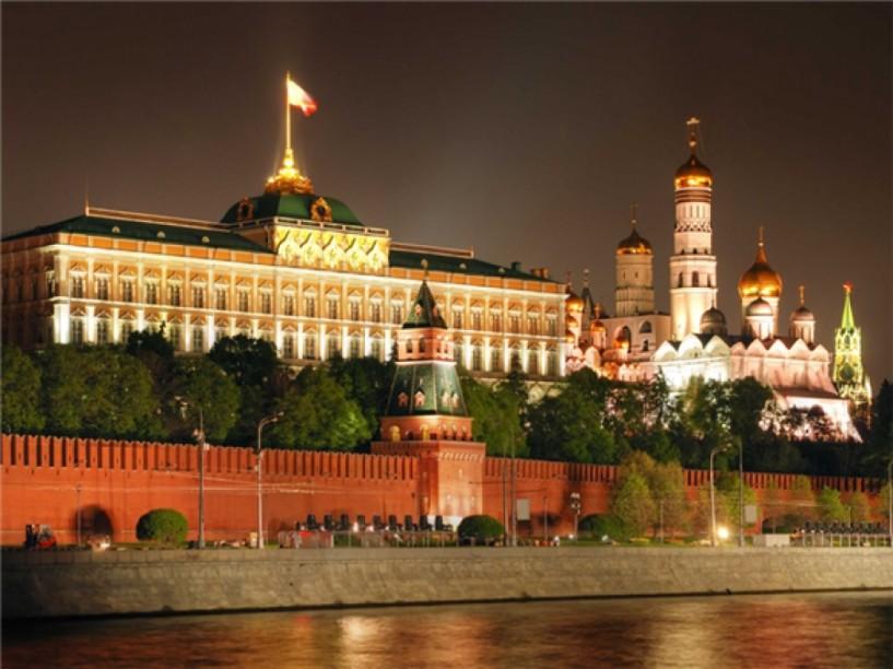 Ματθαίος και Κώστας Τσαχουρίδης με Ρουβά και Ιβάν στο Κρεμλίνο