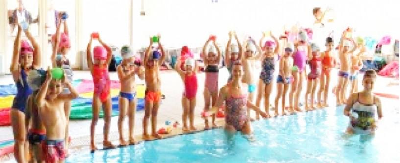 Μαραθώνιος γέλιου και παιχνιδιού στο νερό από την Κ.Α. Νάουσας