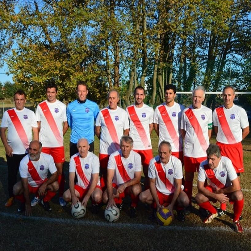 Φιλική νίκη  με 0-3 των παλαιμάχων της Βέροιας στην Κατερίνη, στη μνήμη Θεόδωρου Κιζίρογλου