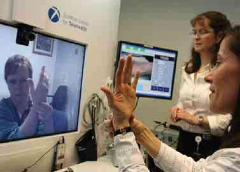 Δωρεάν ιατρικές εξετάσεις σε δημότες της Αλεξάνδρειας με το πρόγραμμα τηλεϊατρικής της Vodafone