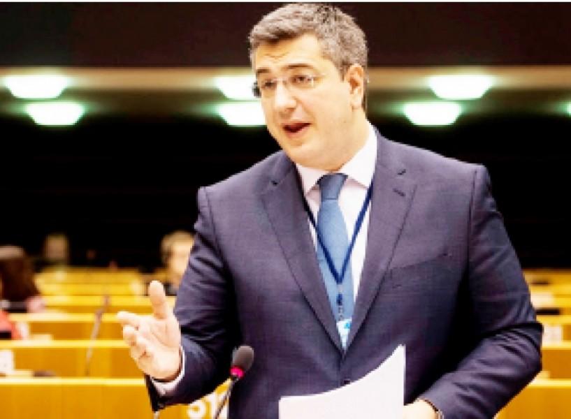 Κεντρικός Εισηγητής του Ε.Λ.Κ. στο Ευρωπαϊκό Κοινοβούλιο ο Απ. Τζιτζικώστας για το μεταναστευτικό