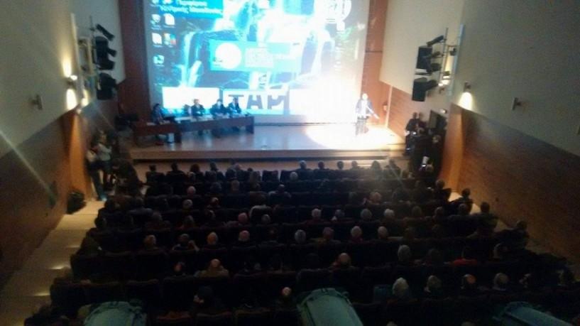 Κουτσογιάννης: 1,4 εκατ. ευρώ ετησίως από τα νερά, εξοικονόμηση 510.000 από τα φωτοβολταϊκά, οι συστάσεις της νέας Νάουσας. Θετικός στη χρηματοδότηση του σχεδίου ο ΤΑΡ! (ΒΙΝΤΕΟ)