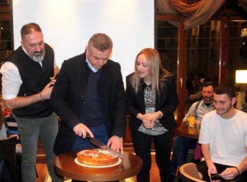 Με τον Δημοσθένη Μιχαλεντζάκη η βασιλόπιτα του Naoussa Swim Club