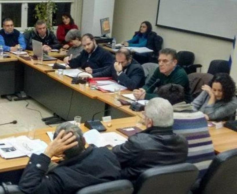 Η πρώτη κόντρα Κουτσογιάννη-Βασιλείου για κατάσχεση λογαριασμών του δήμου