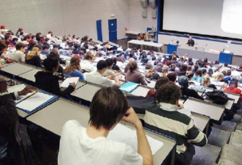 Αίτημα προς το Yπουργείο Παιδείας 50% λιγότερους εισακτέους σε ΑΕΙ και ΤΕΙ ζητούν οι πρυτάνεις