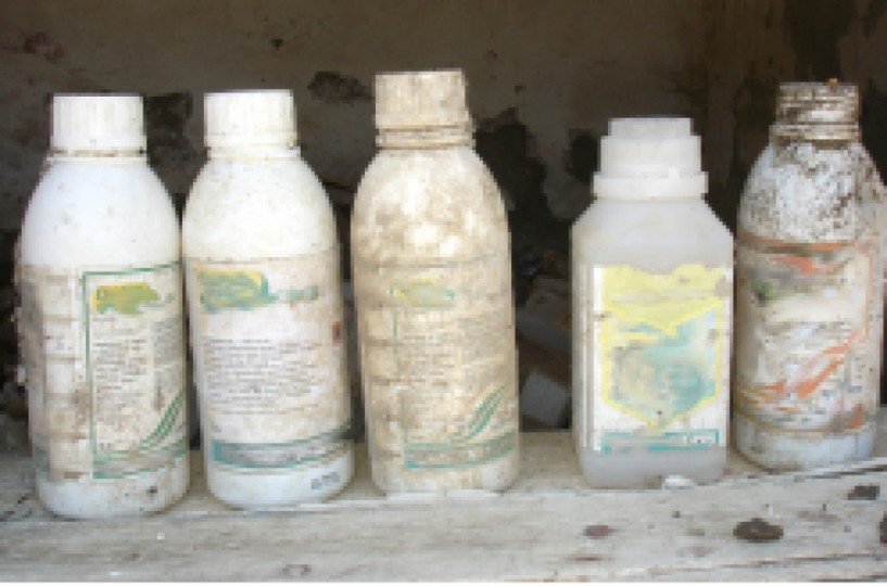 Συνεχίζεται η ανεξέλεγκτη απόρριψη κενών συσκευασιών φυτοπροστατευτικών προϊόντων