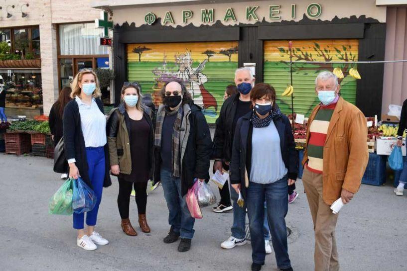 Φρ. Καρασαρλίδου, Κ. Καλδάρας και μέλη του ΣΥΡΙΖΑ-ΠΣ Ημαθίας στις λαϊκές αγορές της Βέροιας και της Νάουσας (Εικόνες)