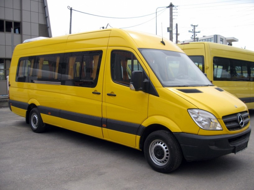 Προμηθεύεται το ΚΑΠΑ Δήμου Βέροιας - Ένα νέο σχολικό λεωφορείο για τη μεταφορά νηπίων των δημοτικών παιδικών σταθμών