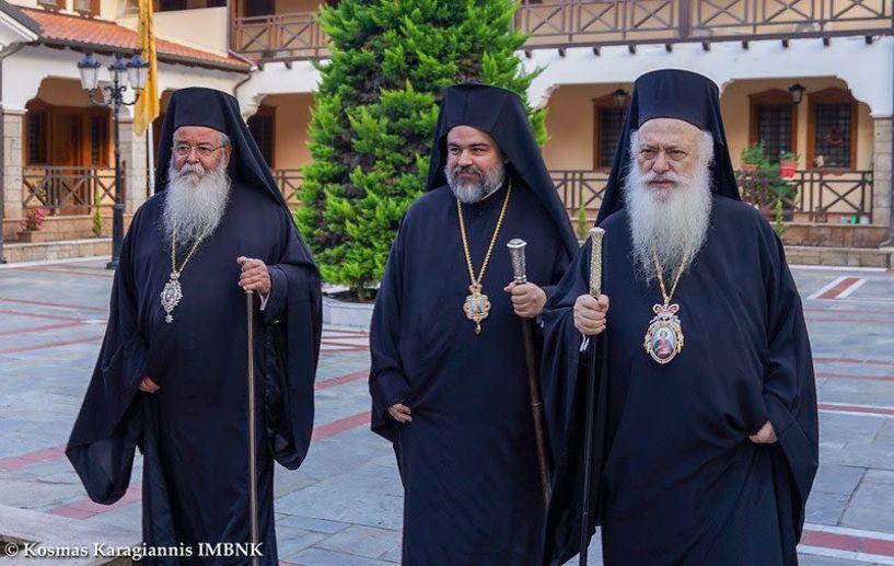 Ο εσπερινός του Αγίου Παντελεήμονος στην Ιερά Μονή Παναγίας Δοβρά Βέροιας