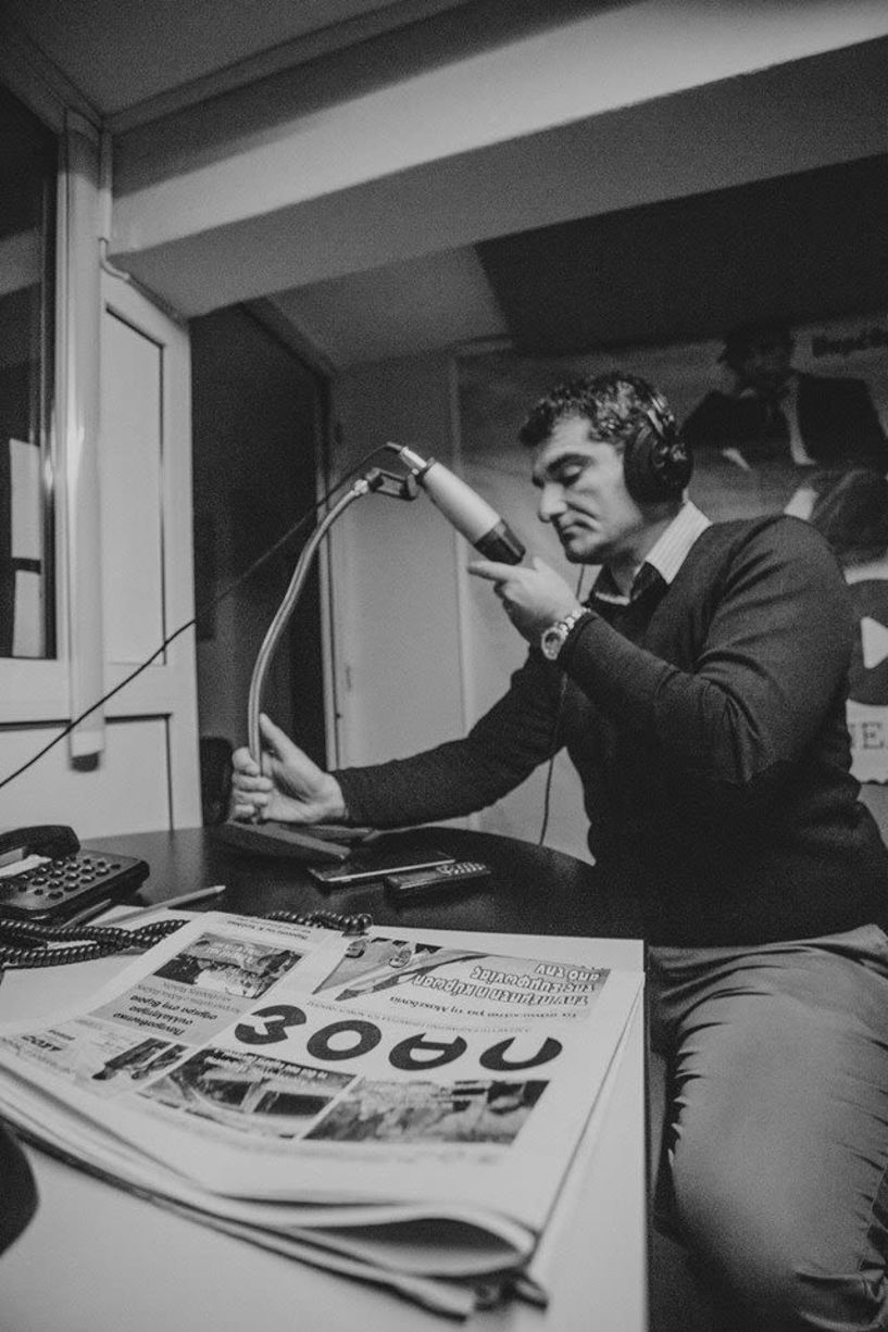 «Λαϊκά και Αιρετικά» (26/9): Ο Φώτης Καραβασίλης ζωντανά στο στούντιο, σχόλια για τους σοβάδες που πέφτουν στο Νεφρολογικό της Βέροιας, αντιδράσεις για την μετονομασία της κεντρικής οδού στο Πανόραμα