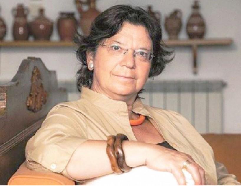 """Μαρία Ευθυμίου, η καθηγήτρια που δίνει μαθήματα παγκόσμιας ιστορίας και... εσωτερικής γεωγραφίας - Το αδιαχώρητο """"στην τάξη"""" του Εκκοκκιστηρίου Ιδεών"""