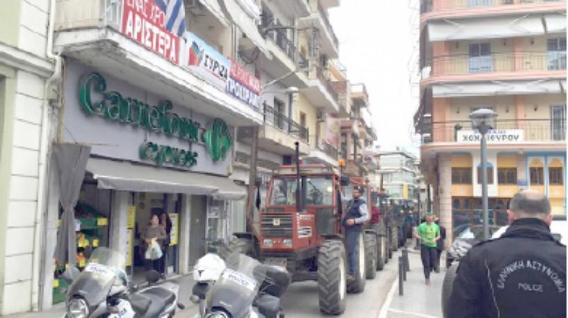 Τους εκτιμητές του ΕΛΓΑ περιμένουν απογοητευμένοι οι αγρότες μετά το προχθεσινό χαλάζι και τις ζημιές