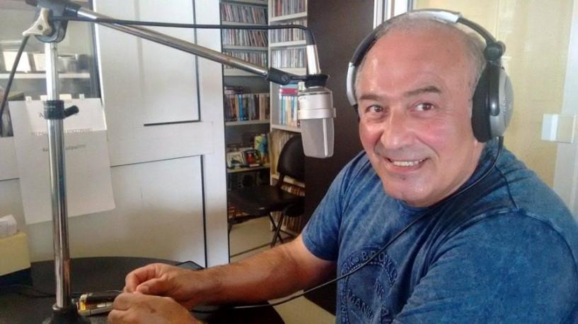 «Μπαμπά μην ξαναπεθάνεις Παρασκευή» - Μαυρόπουλος και Χαϊκάλης μαζί στη σκηνή και στον Άκου 99.6