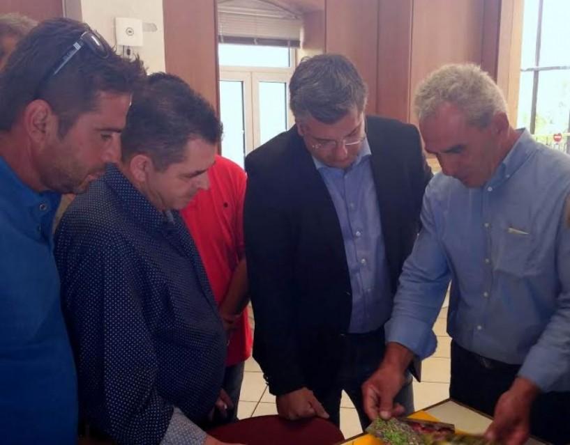 Κώστας Καλαϊτζίδης στο περιφερειακό συμβούλιο Κ. Μακεδονίας: Πολύ κάτω από το κόστος παραγωγής η τιμή πώλησης των ροδάκινων