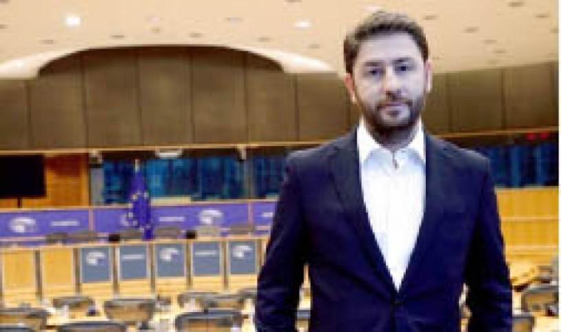 Την υποψηφιότητά του για την Δημοκρατική  Συμπαράταξη ανακοίνωσε χθες ο Νίκος Ανδρουλάκης