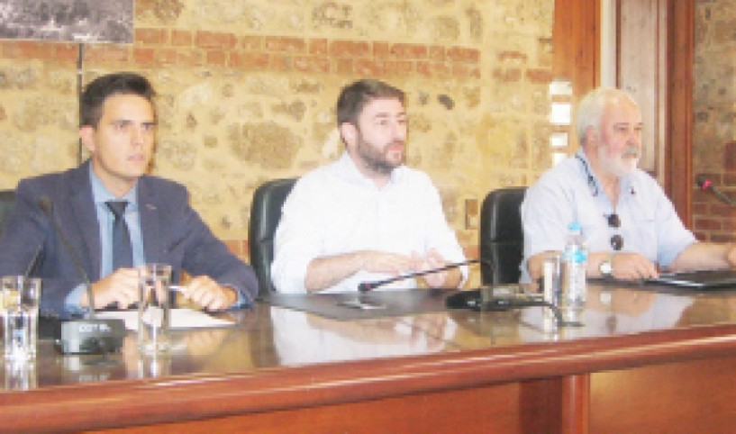 Tι είπε στη συνέντευξη Τύπου στο Δημαρχείο της Βέροιας ο Ν. Ανδρουλάκης για το νέο πολιτικό φορέα και το προσωπικό του όραμα
