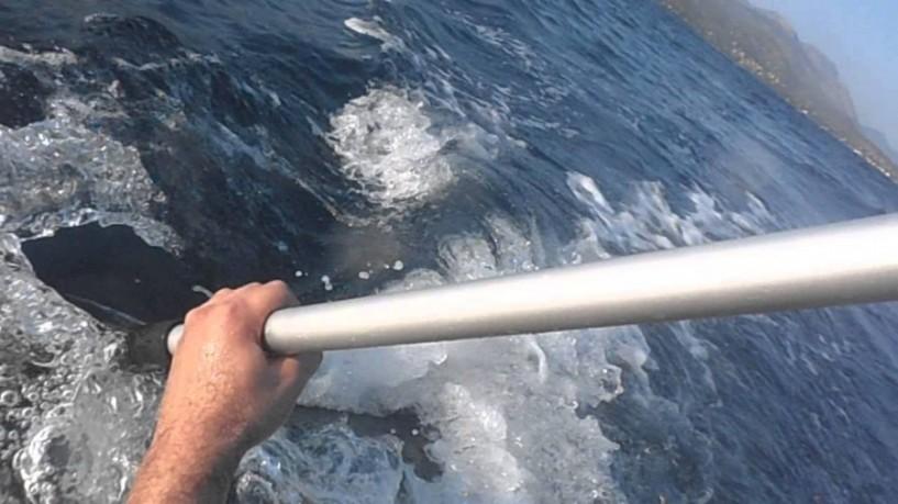Η θέση μας - Κουπί σε δεμένη βάρκα