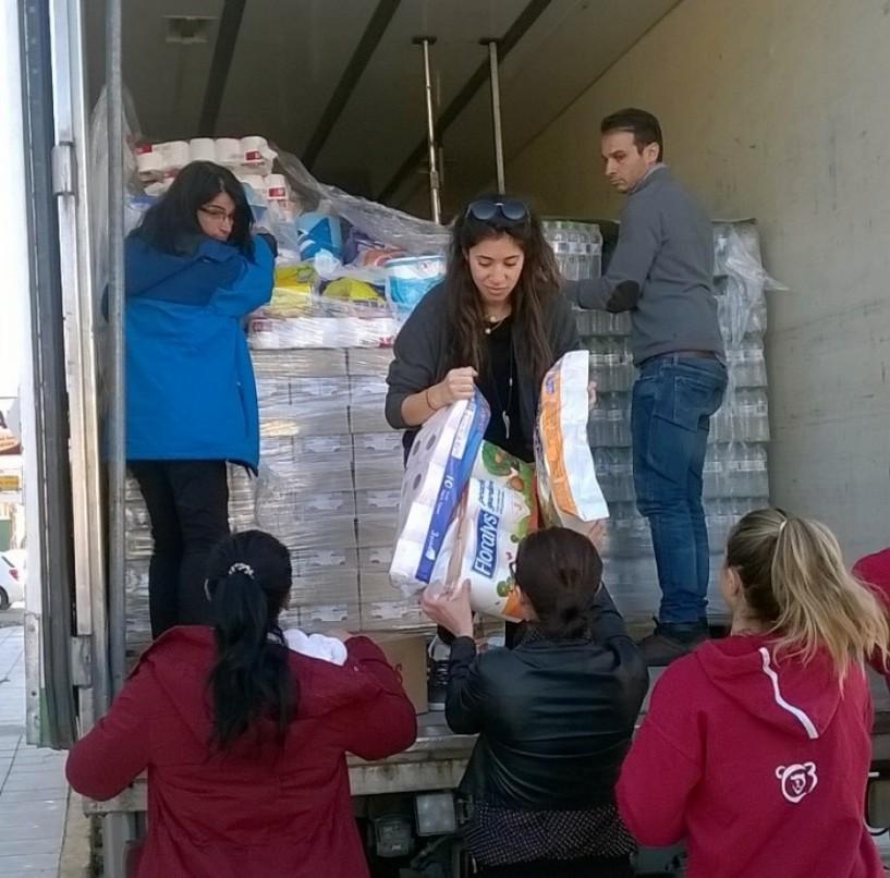 Στα χέρια των πλημμυροπαθών η υλική βοήθεια των πολιτών του δήμου Νάουσας