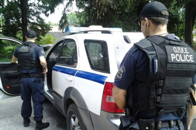 Έκλεψαν αυτοκίνητο και προσπάθησαν να ανοίξουν κατάστημα - Συνελήφθησαν πέντε άτομα από την ΟΠΚΕ