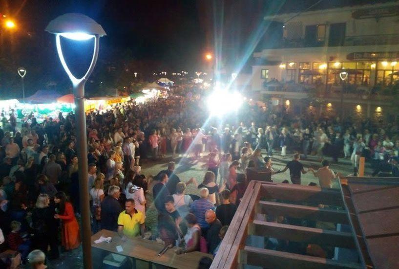 Πάνω από 10.000 κόσμου στο Σέλι την παραμονή της Παναγιάς!