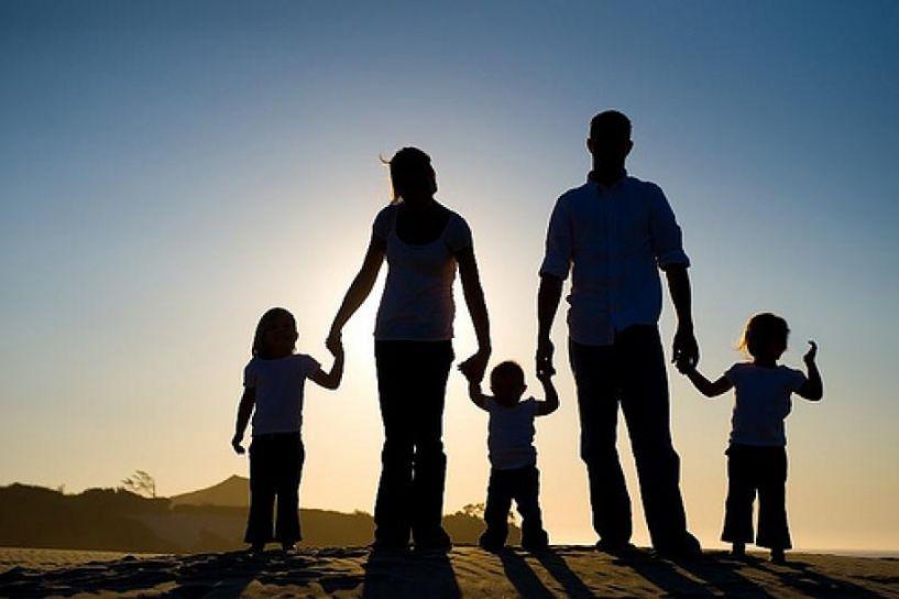 Ενημερωτική δράση για τις δυσλειτουργικές σχέσεις στην οικογένεια από Φαρμακευτικό και Κέντρο Συμβουλευτικής