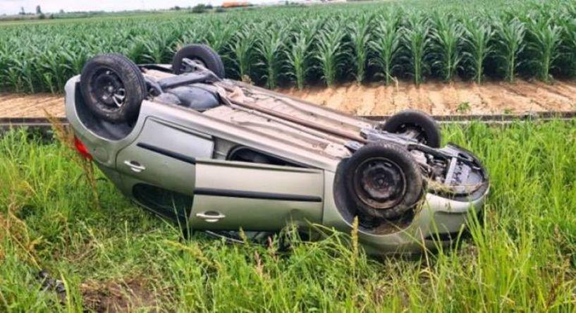 Άγιο είχε οδηγός - Εξετράπη και ανετράπη το αυτοκίνητό της στην επαρχιακή οδό Πλατάνου - Κλειδίου