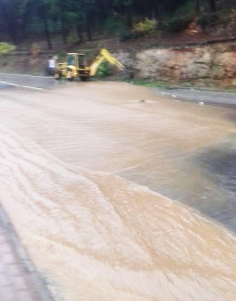 Β. Παπαδόπουλος: Πολλά τα προβλήματα από τη βροχόπτωση, ελεγχόμενη η κατάσταση. Υπό έλεγχο η κατάσταση και σε Νάουσα και Αλεξάνδρεια