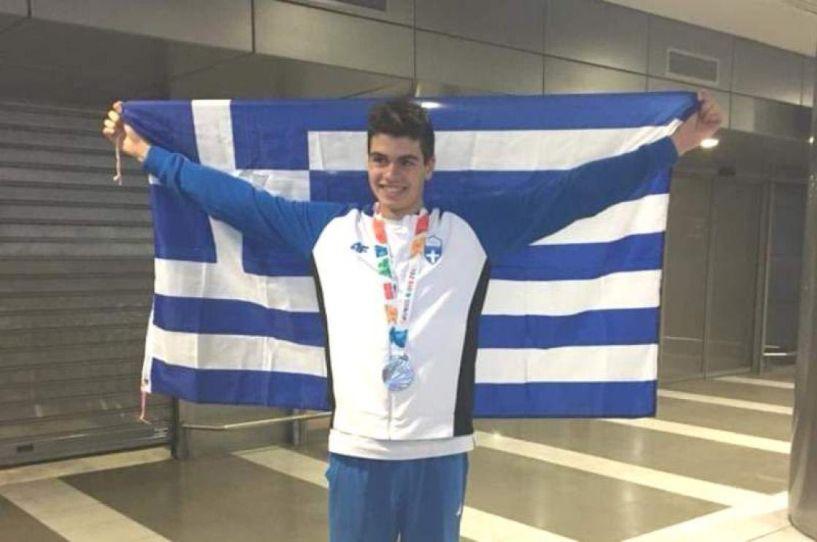 Πρώτος με ρεκόρ στα 200μ πρόσθιο ο Βεροιώτης Σάββας Θώμογλου στους Βαλκανικούς αγώνες