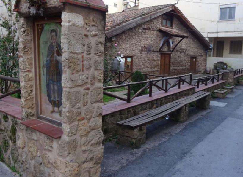 Πανηγυρίζει το παρεκκλήσι του Αγίου Φανουρίου στη Βέροια - Το πρόγραμμα των Ιερών Ακολουθιών