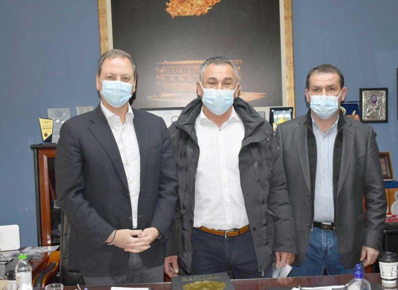 Υπόμνημα από  αγρότες της Βέροιας με τις διεκδικήσεις τους στον ΥπΑΑΤ Σπ. Λιβανό