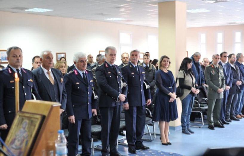 Απονομή πτυχίων στους (74) απόφοιτους του Τμήματος Επαγγελματικής Μετεκπαίδευσης Επιτελών Στελεχών (Τ.Ε.Μ.Ε.Σ.) της Ελληνικής Αστυνομίας, σε Αττική και Βέροια