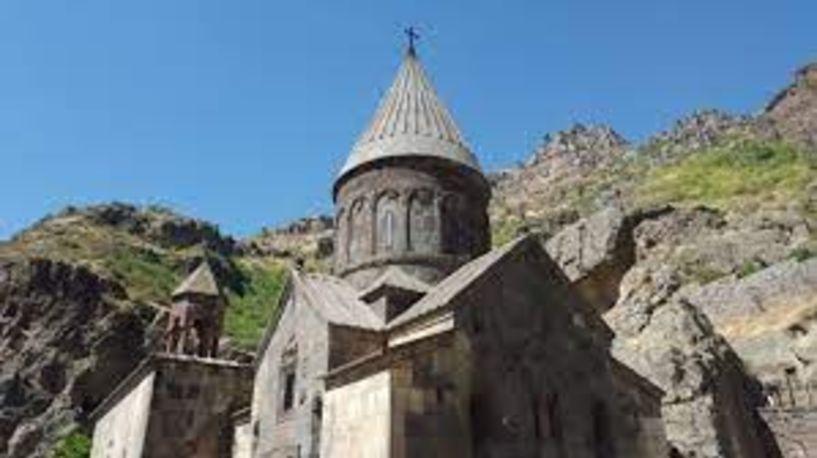 Απόσπασμα από το μυθιστόρημα «Τα κορίτσια του Αρμενικέντ»