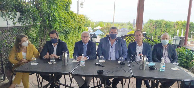 Κλιμάκιο της ΝΔ χθες στην Ημαθία - Ενημερώθηκαν για τοπικά θέματα, για να τα μεταφέρουν στον Πρωθυπουργό και είχαν σύσκεψη με τοπικά στελέχη ενόψει των εσωκομματικών εκλογών
