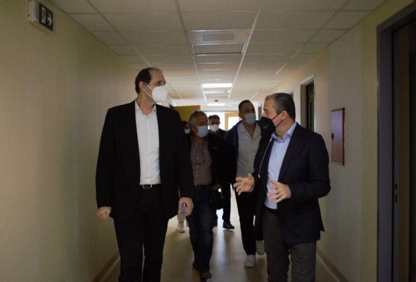 Επίσκεψη του Απ. Βεσυρόπουλου στα νοσοκομεία Βέροιας, Νάουσας και στο ΙΚΑ Βέροιας: