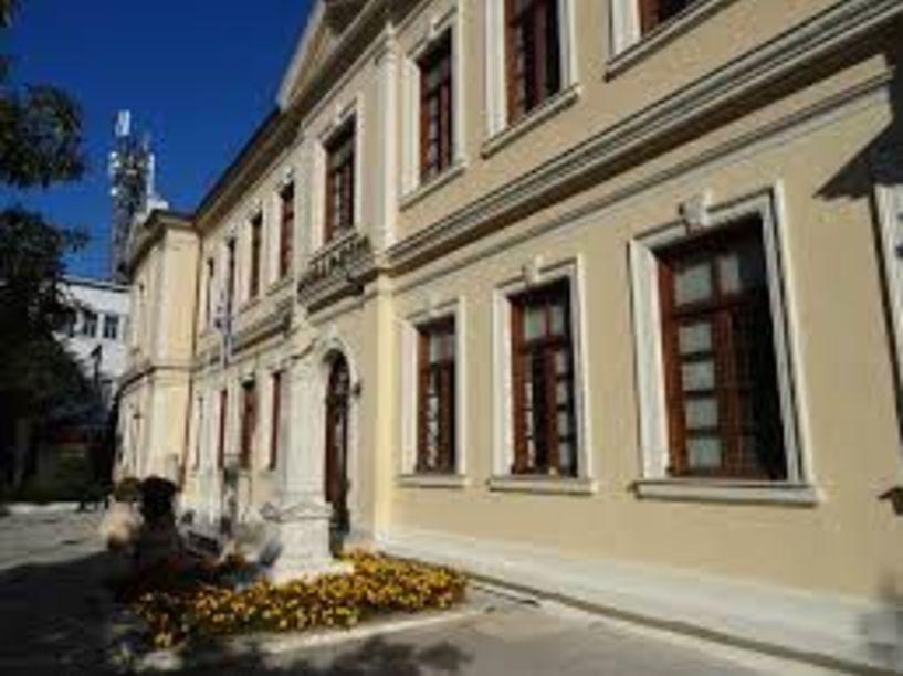 Τον Δήμο Βέροιας   θα τιμήσει η Μητρόπολη με   το χρυσό σταυρό Απ. Παύλου  - Θα ακολουθήσει θεατρική παράσταση για τον Άγιο Λουκά τον Ιατρό