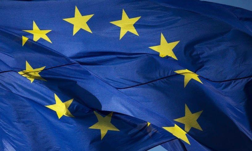 Παρέλαση ευρω-υποψηφίων