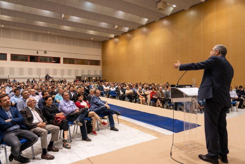 Ασφυκτικά γεμάτο το Βελλίδειο στην ομιλία του Θάνου Τζήμερου