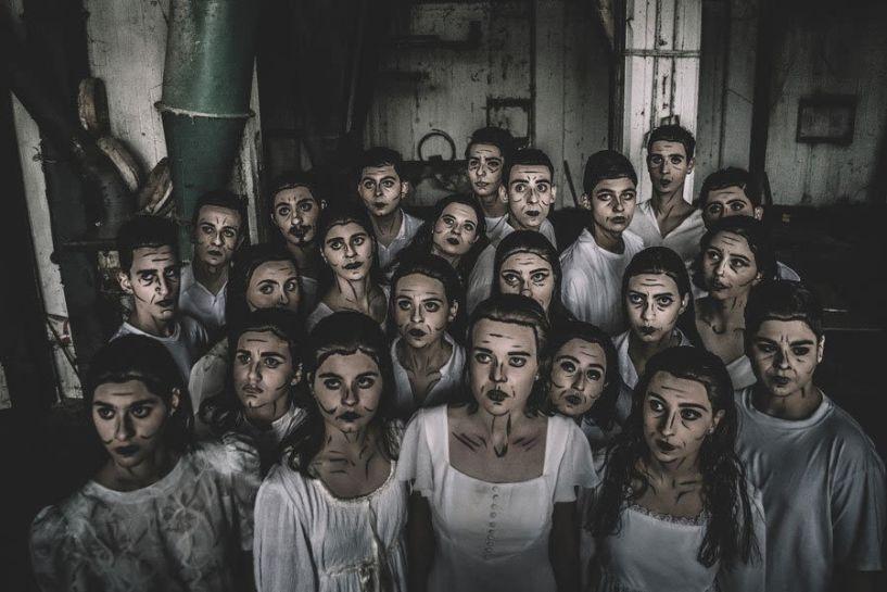 """Την παράσταση """"Ιστορίες στο σκοτάδι"""" παρουσιάζει η Ομάδα «Ορίζοντες» του Τμήματος Θεατρικής Υποδομής του ΔΗ.ΠΕ.ΘΕ. Βέροιας"""