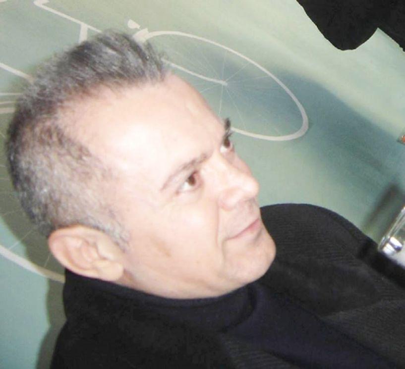 Ο σκηνοθέτης Κώστας Αποστολίδης για τις «Δούλες»: Η παράσταση είναι μια καθαρή και έντιμη πρόταση προς τον θεατή