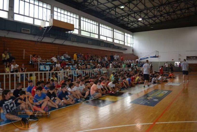 Η πρώτη συγκέντρωση του 4ου Veria Basketball Camp του Κώστα Τσαρτσαρή