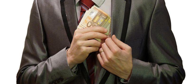 Χάνουν το ΑΦΜ όσοι φοροδιαφεύγουν