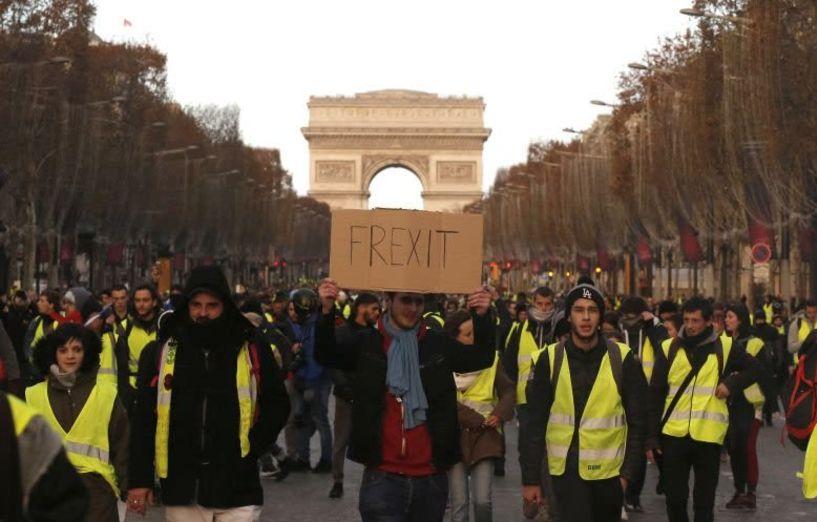 Κόκκινος συναγερμός στο Παρίσι από τα «κίτρινα γιλέκα»